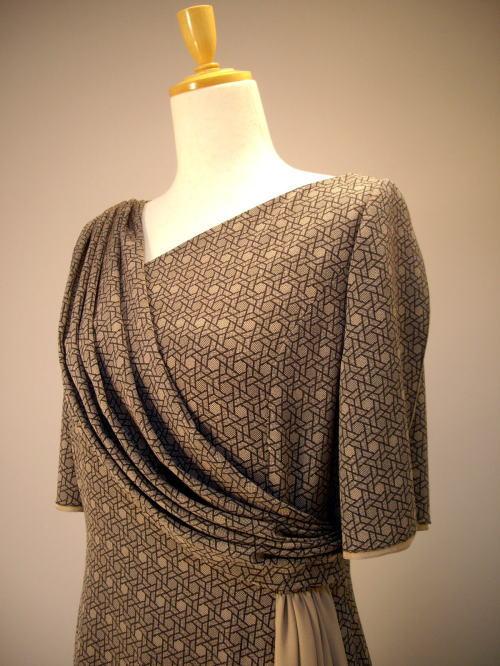 北斎模様絹服(kimono-fuku)ドレス-2