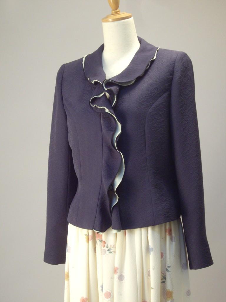 さくら工房 絹服(kimono-fuku) フリルカラーオーダージャケット 白地花柄小紋スカート 正面